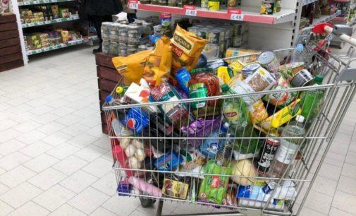 Минэкономики: в украинских магазинах прекратился ажиотажный спрос на гречку и сахар (ИНФОГРАФИКА)