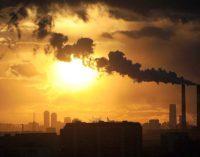 Пожар в Чернобыльской зоне: Показатели загрязнения воздуха в Киеве превышены в 3-6 раз