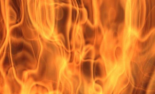 Ночью в Киеве горели 4 автомобиля