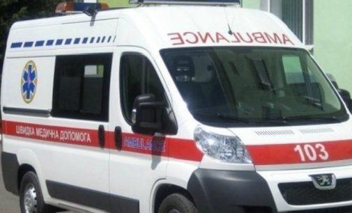 В Киеве мопед врезался в бок «скорой»