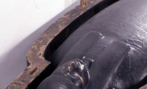 Археологи выяснили состав черной жидкости из саркофагов египетских мумий